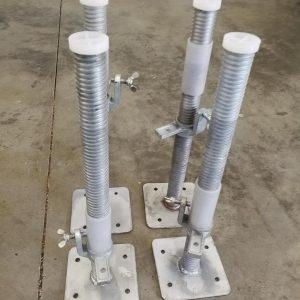 """AC Steigtechnik Gerüstfüße, Gewindefußplatte mit Stahlspindel """"B-WARE"""" 4 Stück im Set, universal kompatibel mit vielen Herstellern"""